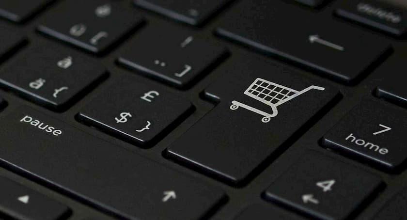 Ecommerce-Order-Fulfillment-Statistics_Featured